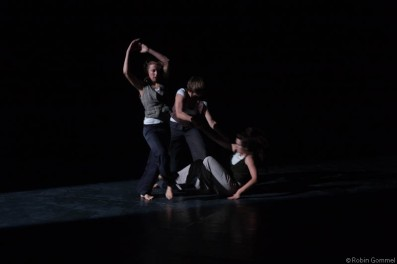 24/7 VOLER VOLAR with from right to left: Claire Frachebourg, Nadine Herrmann and Me © Robin Gommel